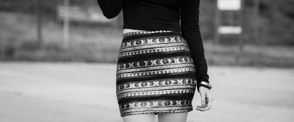 Dresscode OTD<br><em>sparkling sequin skirt</em>