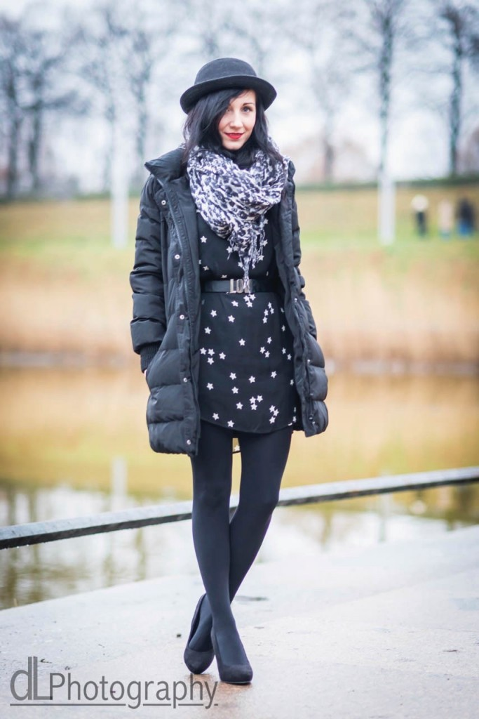 Dresscode of the day : a dress, stars and no excuses