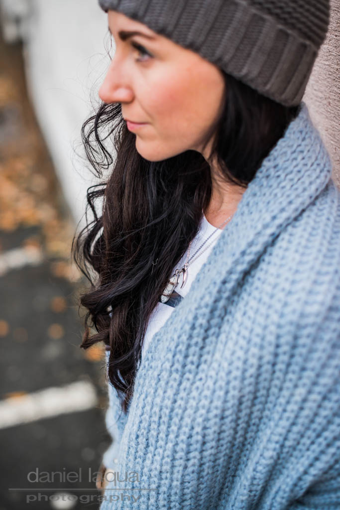 Knit & Overknees <br> <em> Grey blue </em>