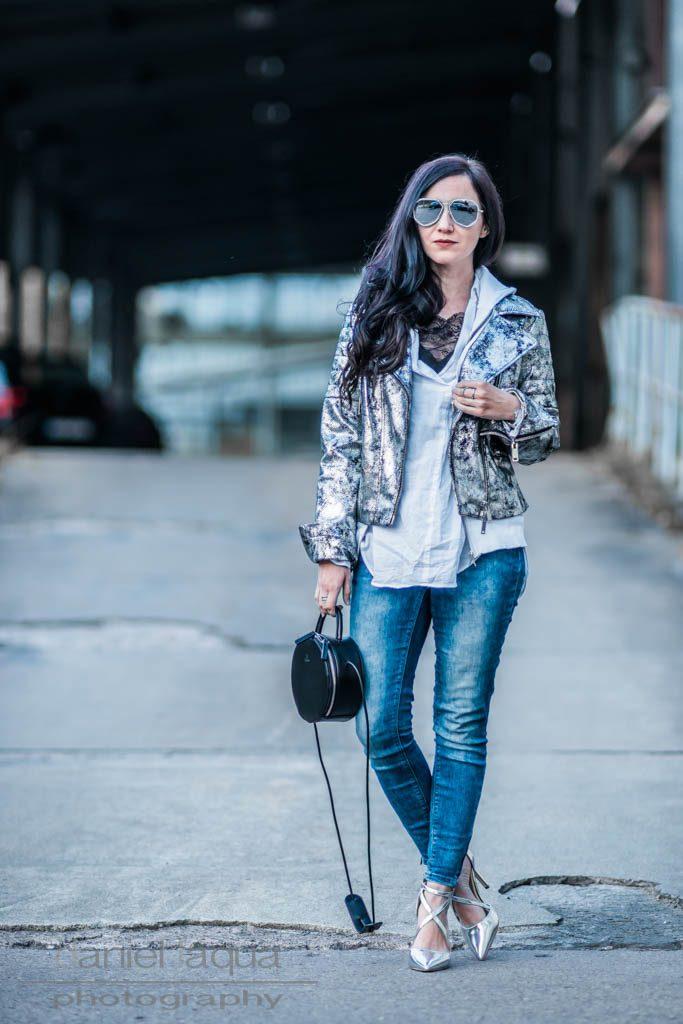 Lederjacke im Metallic Look Julies Dresscode Fashion Blog