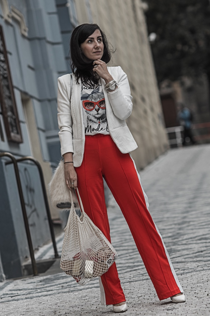 Trackpants Trend wie du Trackpants am besten trägst Julies Dresscode Fashion Blog