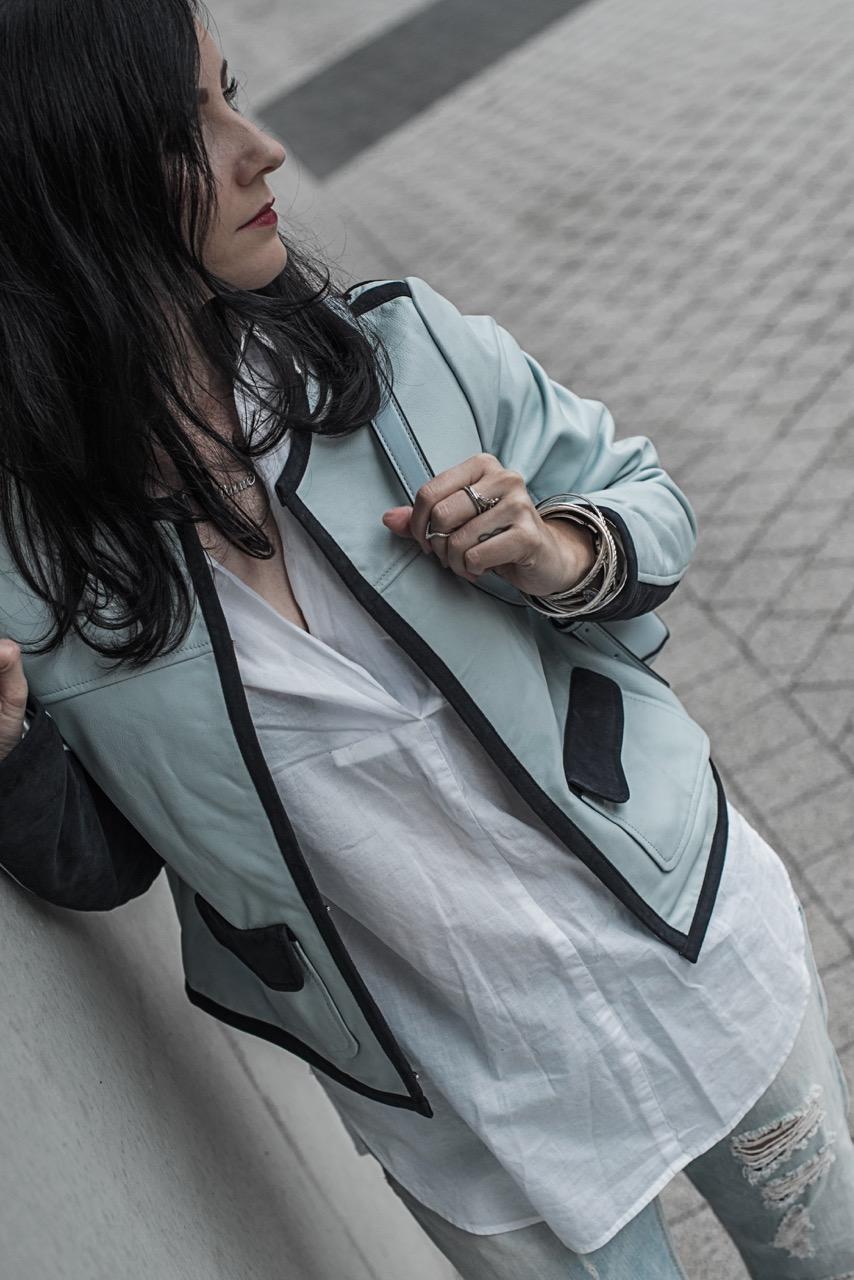 Farbige Lederjacken der Klassiker wird bunt Julies Dresscode Fashion Blog
