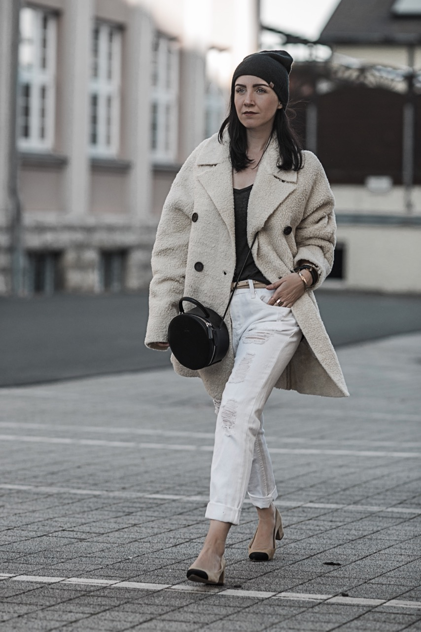 Trend Alert Teddy Coat den plüschigen Mantel richtigen stylen Julies Dresscode Fashion Blog