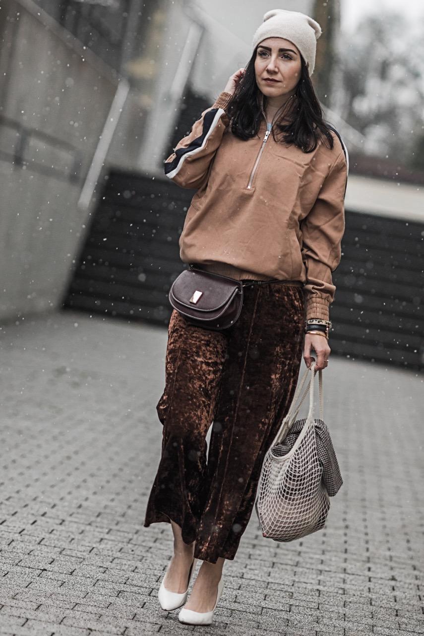 Der Velvet Trend wie du Samt gekonnt kombinierst Julies Dresscode Fashion Blog