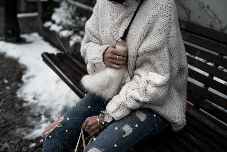 Einfaches Winteroutfit <br>  XXL-Strickpullover & Perlenjeans