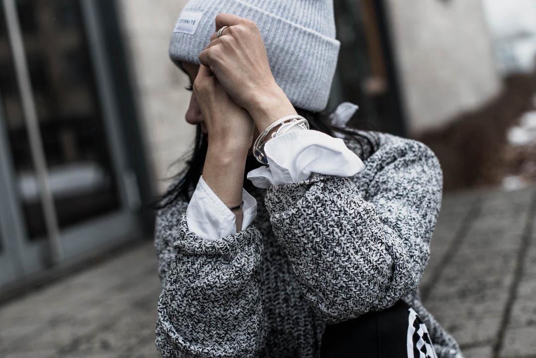 Trend Alert Hosen mit seitlichen Streifen Julies Dresscode Fashion Blog