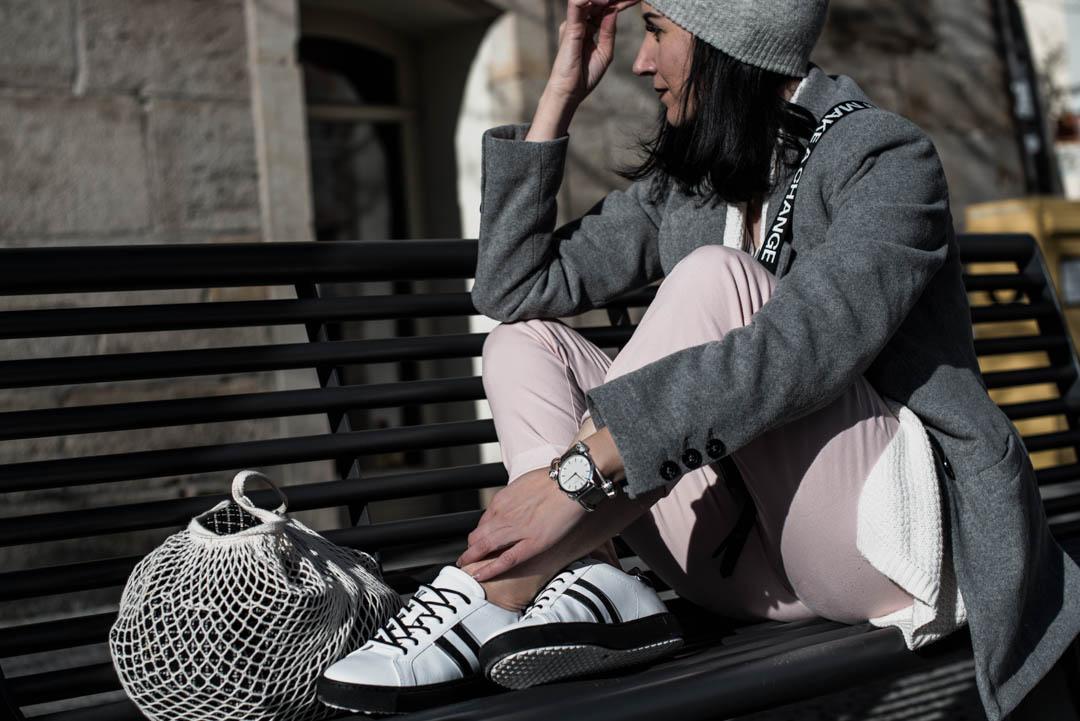 Kontrast-Sneaker von Maripé <br> & die Sneaker Trends 2018