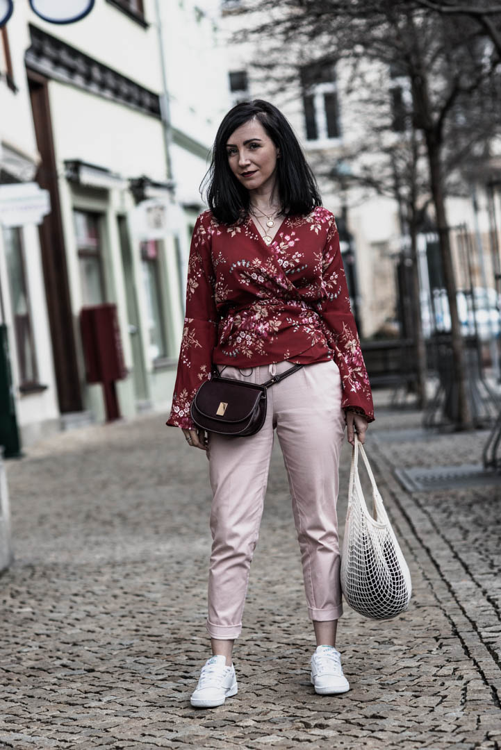 Color Blocking Outfit Rot und Rosa kombiniert Julies Dresscode Fashion Blog