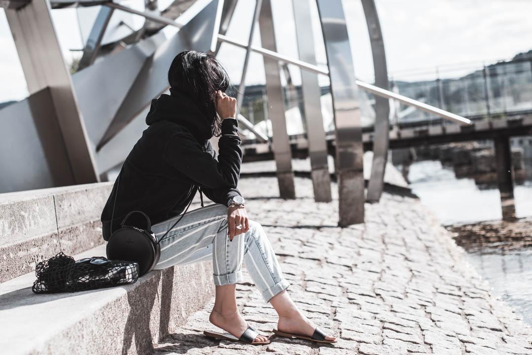 Basics kombinieren - warum schlichte Kleidung im Schrank lohnt Julies Dresscode Fashion Blog