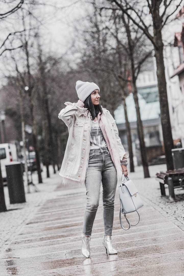 Outfitidee & Stylingtipps - So trage ich meine Jeansjacke im Winter Julies Dresscode Fashion & Lifestyle Blog