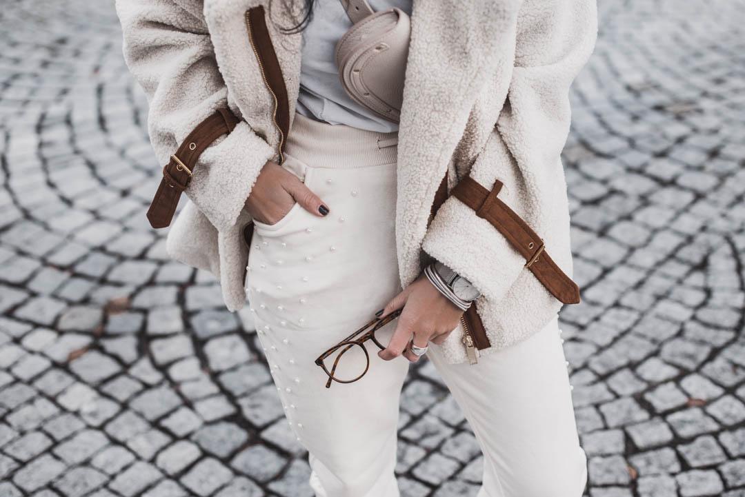 Creamy Looks – so tragen wir helle Farben im Winter