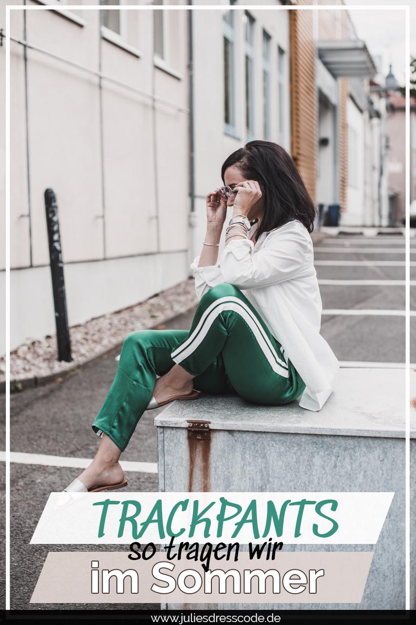 Mein Sommeroutfit mit Trackpants und Oversizebluse Julies Dresscode Fashion & Lifestyle Blog