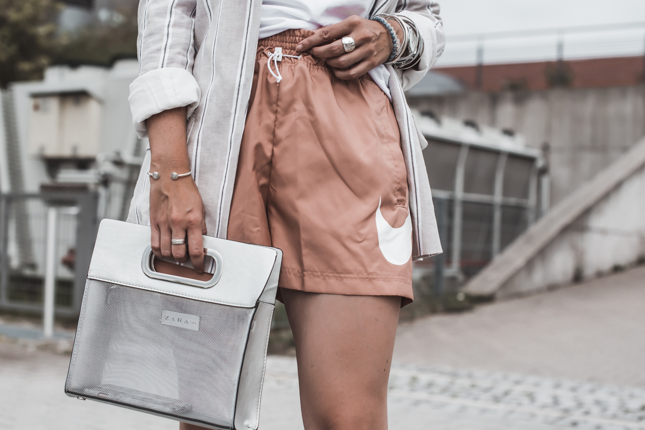 Trend watch : wie alltagstauglich sind Sport Shorts? Julies Dresscode Fashion & Lifestyle Blog