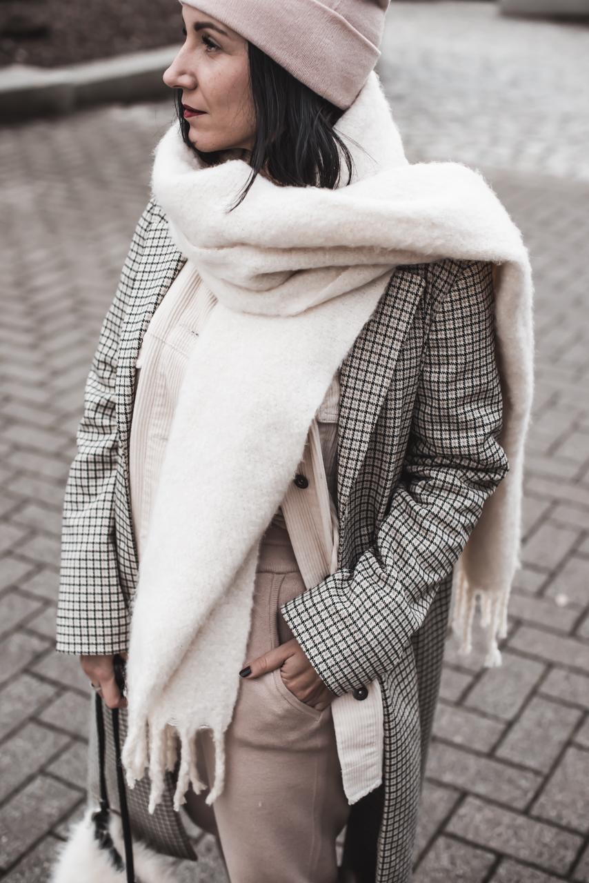 Outfit mit Strickhose - So vielseitig sind die gemütlichen Hosen Julies Dresscode Fashion und Lifestyle Blog