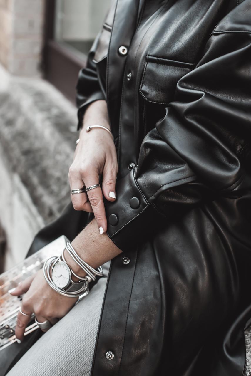 Trendmaterial Leder : so tragen wir den Trend 2020 Julies Dresscode Fashion & Lifestyle Blog