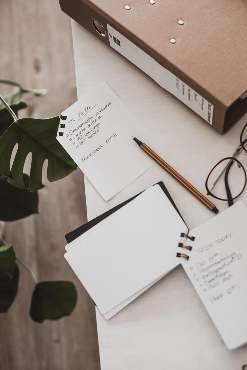 Arbeiten im Home Office - Arbeitsplatz, Fokus, Struktur Julies Dresscode Fashion & Lifestyle Blog