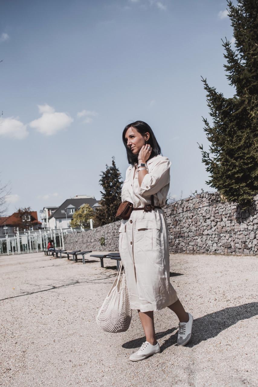 Warum wir jetzt Utility Kleider brauchen Julies Dresscode Fashion Lifestyle Blog