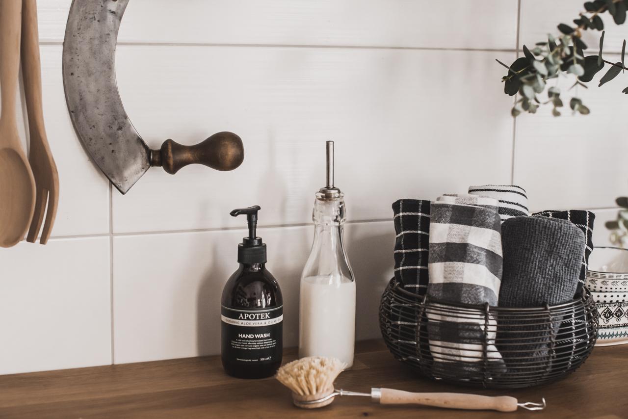 Mit diesen 3 Tricks wirkt deine Küche ordentlich Julies Dresscode Fashion & Lifestyle Blog