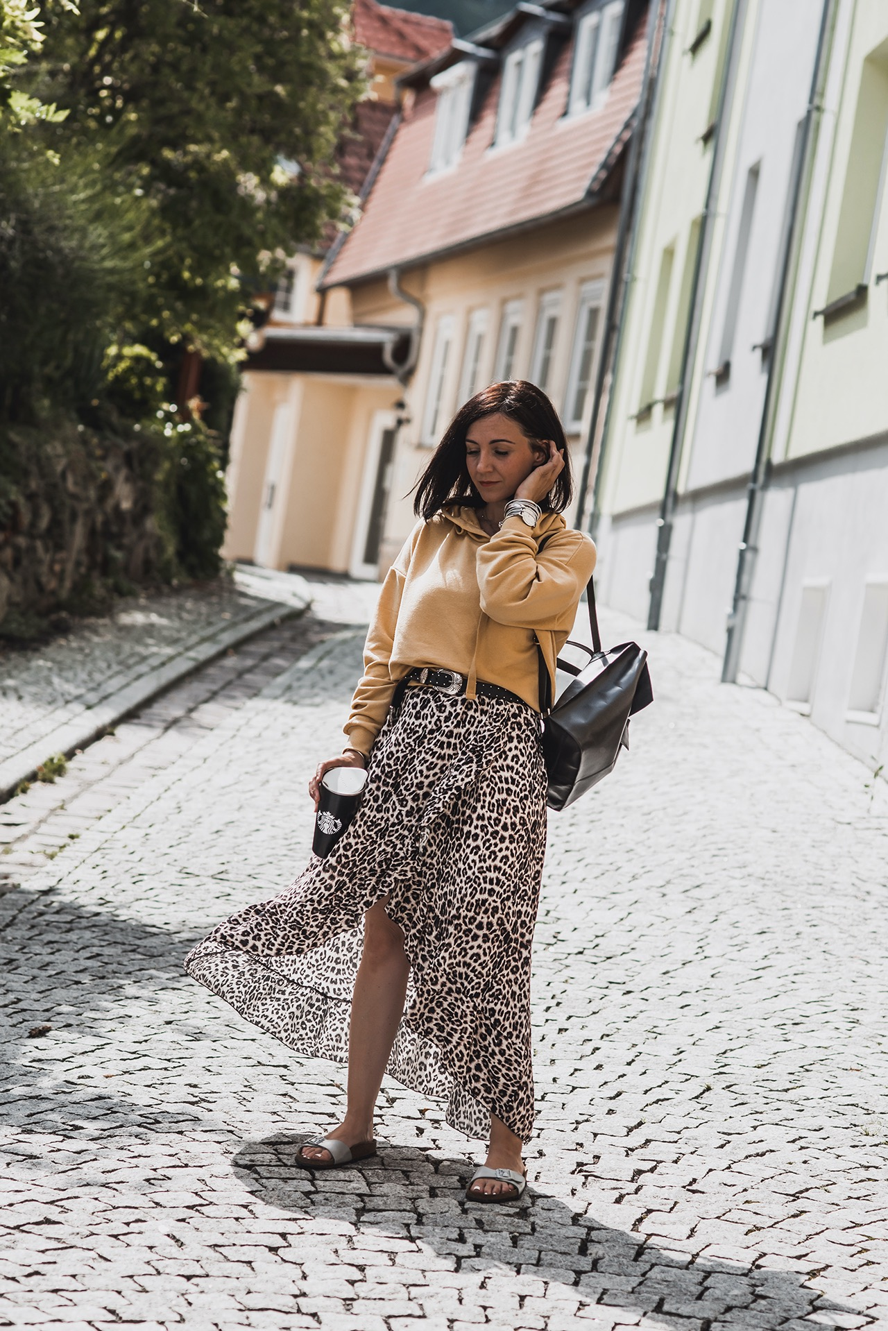 This is how we wear the leopard print - outfits & shopping tips Julie's dress code fashion & lifestyle blog