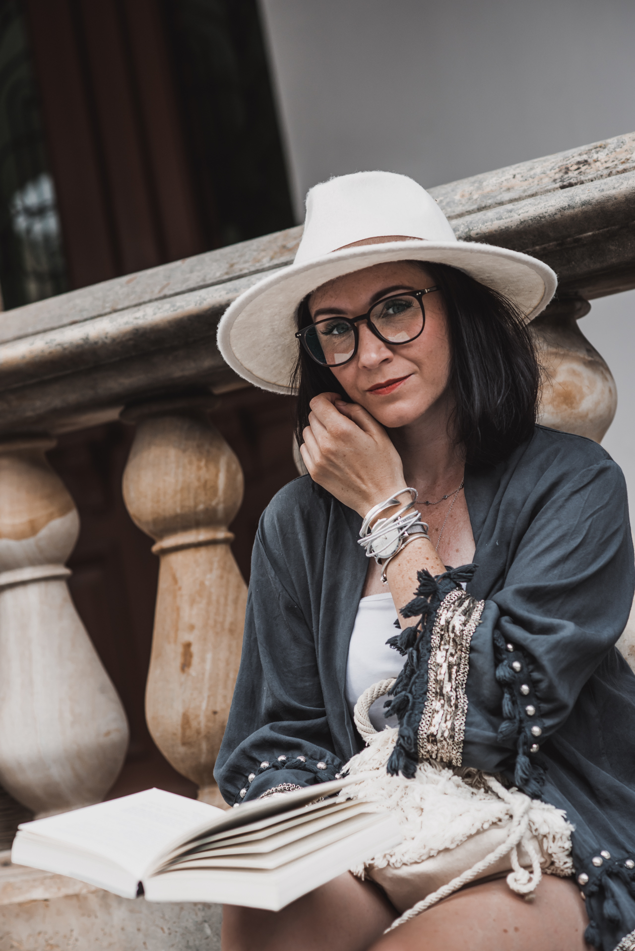 My glasses from Lunor - timeless, classic, sustainable Julie's Dresscode Fashion & Lifestyle Blog