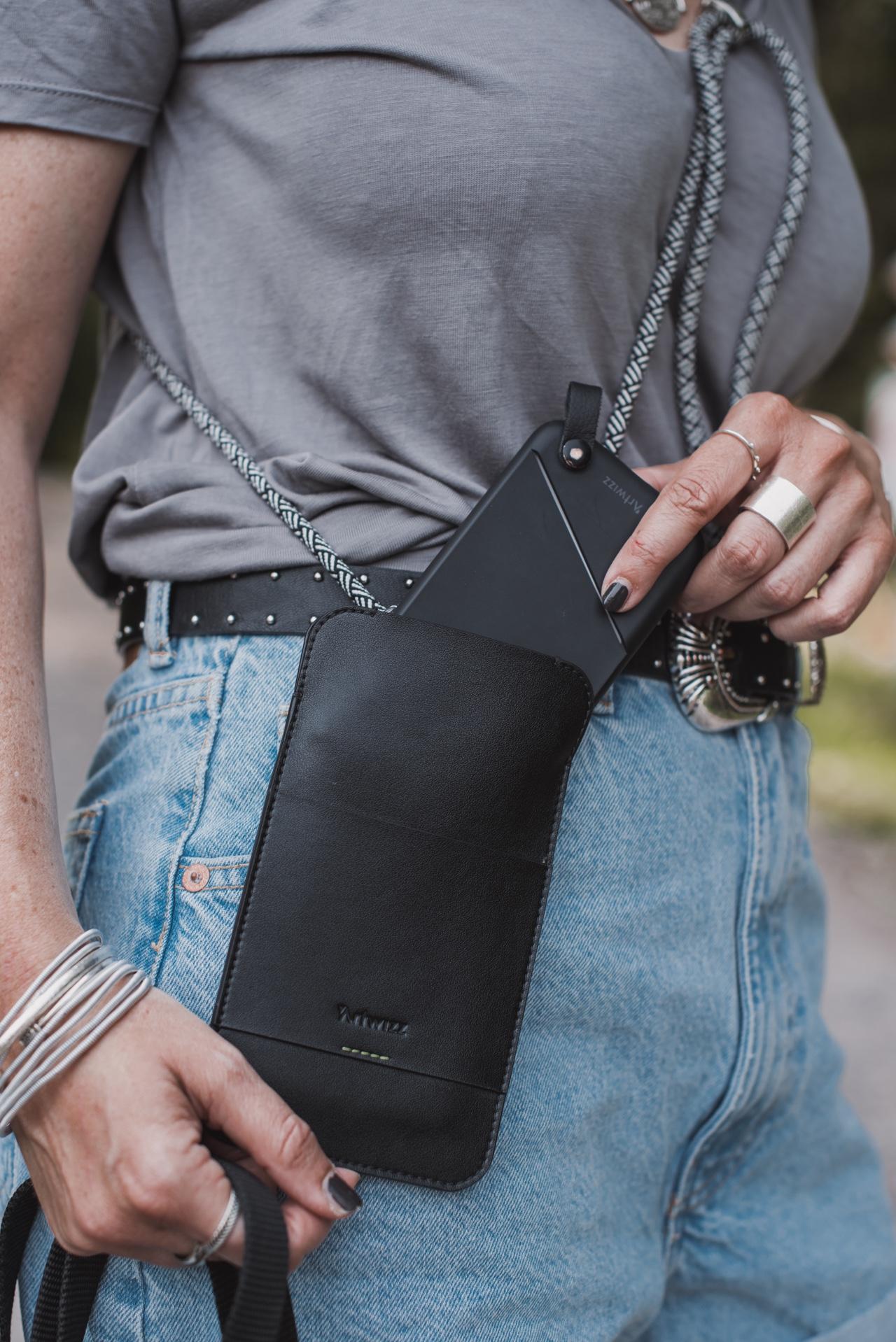 Handy an der Leine : so hast du mit Artwizz die Hände frei Julies Dresscode Fashion & Lifestyle Blog